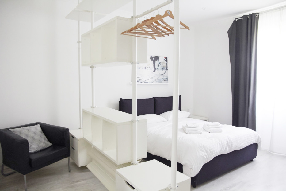 bedroom, Bett, Schlafzimmer, airbnb, Wohnung, appartment, Rom, mieten, Hotel Alternative