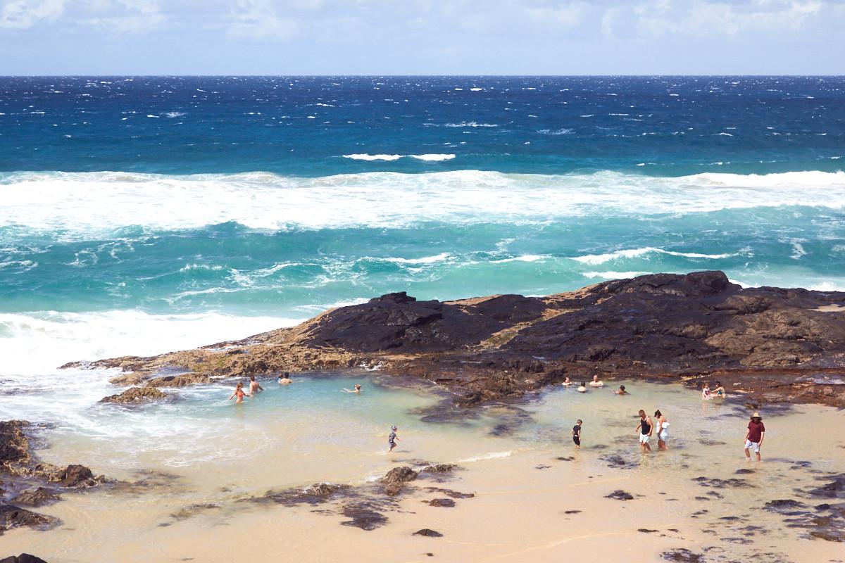 Fraser Island, UNIQUE tours, Champagne Pools, baden, bath, swim, bubbling, bubbly, perlend, Champagner, Ausflugsziel, daytour
