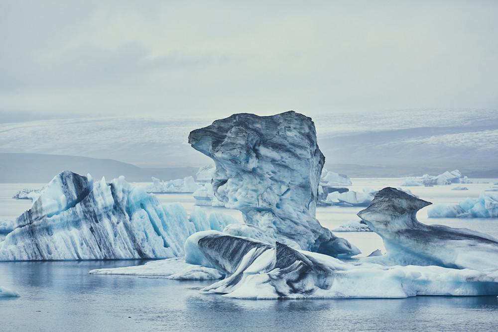 Jökulsarlon, Icelnad, Lagoon, Eissee, Eisschollen, Eisformationen, Route für den Island Roadtrip, Miles and Shores, Reiseblog, travelblog